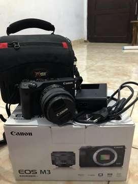 Canon EOS M3 (M3 kit 15 - 45 mm 15 STM)