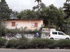 10 cent plot for sale in MANNANTHALA JUN.