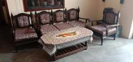 5 seater with center table