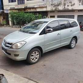 Mobil Toyota Kijang Innova Bensin Automatic tipe V