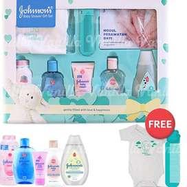 Johnson's STARTER KIT Baby Gift Set / BABY SHOWER Gift Set