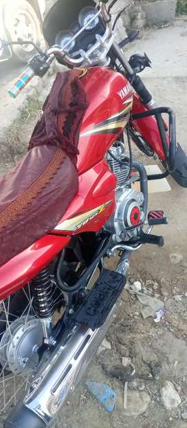 Yamaha YBZ 125.2019 Model bhot clean condition me hy