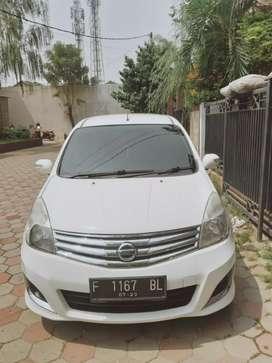 Dijual Mobil Grand Livina XV A/T thn 2013. GOOD CONDITION (NEGO CEPAT)