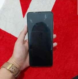 Dijual Cepat Samsung a70 6/128 White