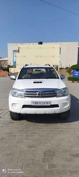 Toyota Fortuner 2010 Diesel 129000 Km Driven
