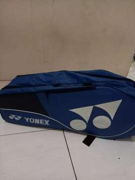 Tas raket badminton warna biru