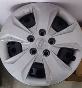 Wheel drum and wheel cups