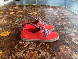 Sepatu Vans Authentic slim orange size 38 original
