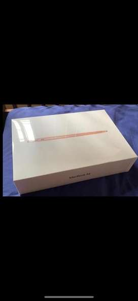 Macbook air 2020 13 inch 256gb - gold new bnib