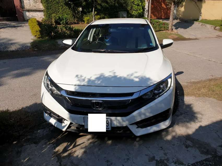Salaam.want to sale Honda civic new shape hard top.(without sunroof) 0