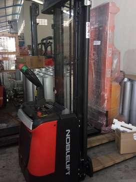 Hand Forklift dan Hand Lift Stacker Electric Murah Berkualitas