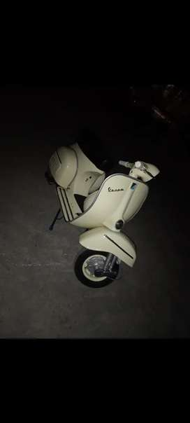 Vespa super restored