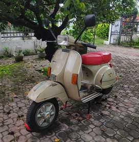 Vespa PS 150 TV original paint
