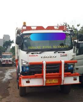 Isuzu Giga Dump truck 6x4 Tahun 2019