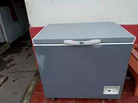 Freezer box merk GEA kpsts 295L