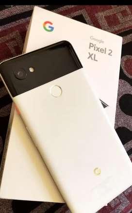 Google Pixel 2 XL panda white