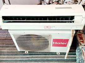 Split ac.1.5 ton haier full working condition and remote control