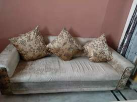 7 seater sofa, new condition
