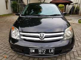 Toyota ist Build up Th 2004 1.300cc Automatic