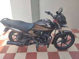 Excellent condition honda dream yuga