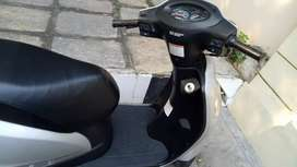 Suzuki accsess 125, neat condition, well maintain, single hand drive.