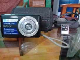 Sony Camera  RS 4000/-  (Shillong)