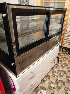 Dessert Chiller for sale with stand