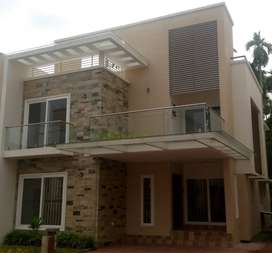 Villa for rent at Aluva (non flood area). Close to rajagiri hospital
