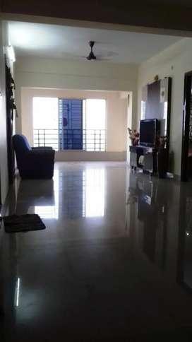 Semifurnish flat for rent at rajarhat mukul shanti garden.redy to move