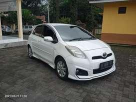Yaris S limited AT 2012