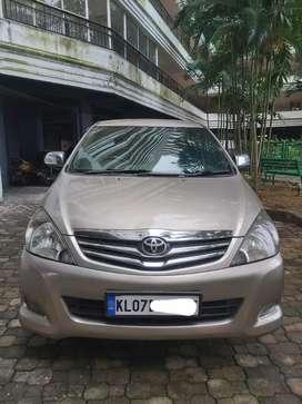 Toyota Innova 2.5 V 7 STR, 2011
