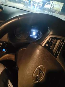 Iam selling my Verna XO top end, 6 air bags, its on continue emi