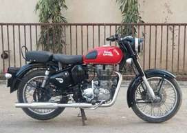 Royal Enfield Classic 350 Bullet red color