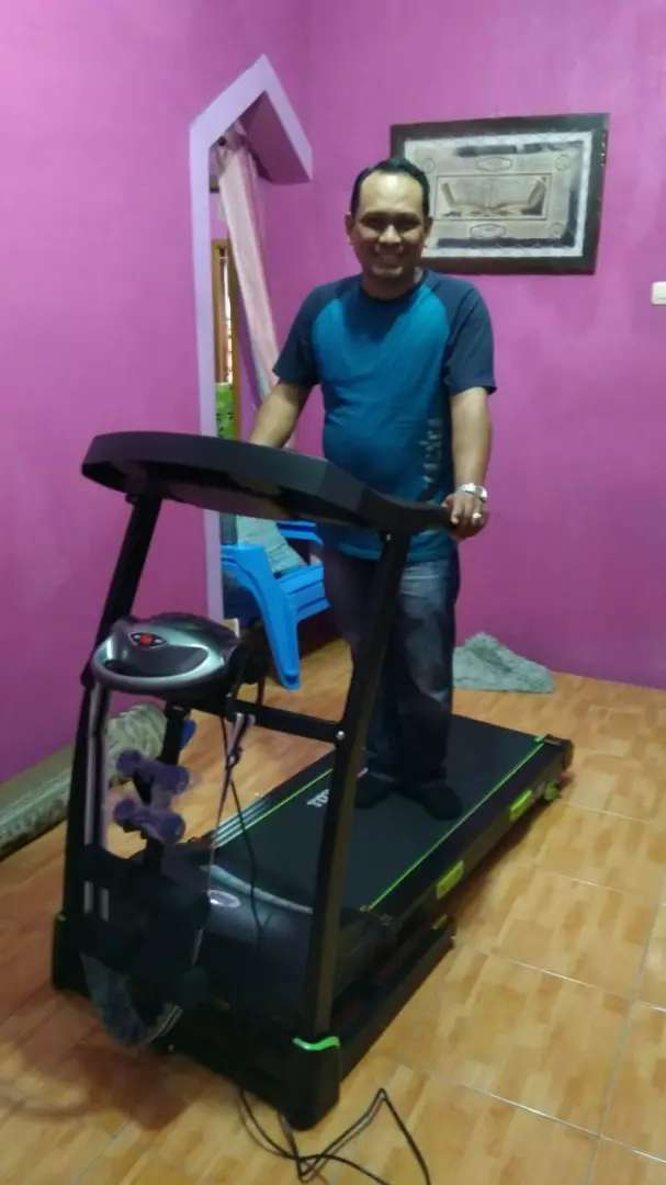Treadmill  elektrik  Total  130 mesin 2 hp 0