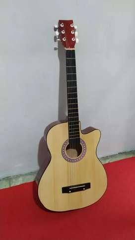 Gitar akustik pemula glossy