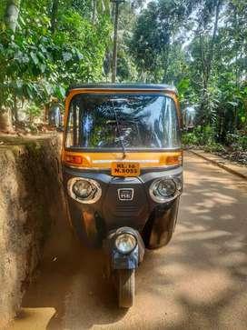 Bajaj compact diesel auto