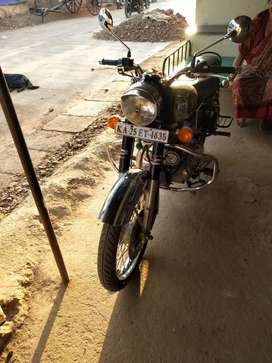 Enfield chrome 500cc bike silver colour excellent condition 1st owner