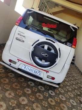 Mahindra quanto top model c8