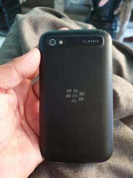 Blackberry classic q20 4g touch and type