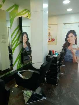 V2 Naturo Beauty Parlour