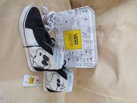 Jual Vans x Peanuts Snoopy size 9 original