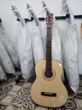 Gitar akustik natural pemula