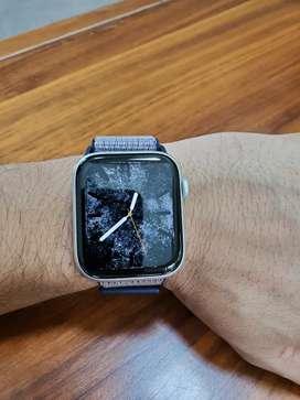 Apple watch series 5 GPS Silver 4 months warranty left