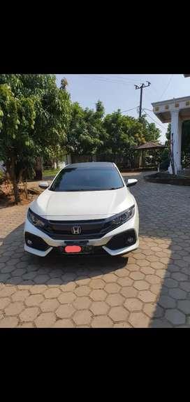 Honda civic hasback 1 5