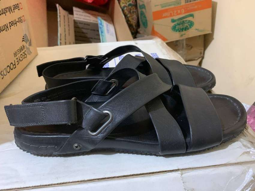 Sandal selop romawi kulit kenneth cole Impor 0