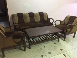 Set of 5 sofa sitter with table