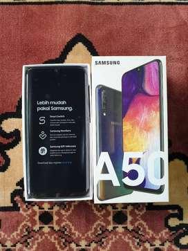 Promo Bekas Resmi Samsung Galaxy A50 4/64 GB Black