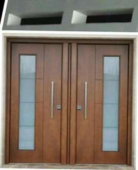 Kusen pintu dan jendela satu set dari berbagai macam kayu bekas kamper