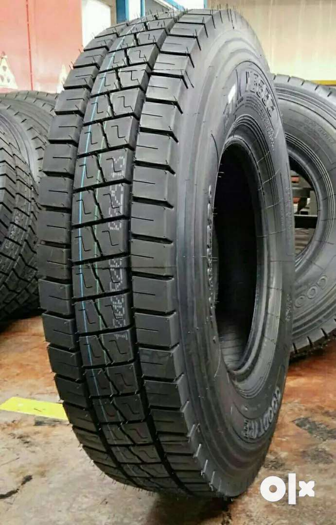 MMM Truck, Lorry Radial Tyre 10.00/R20 For Sale 0