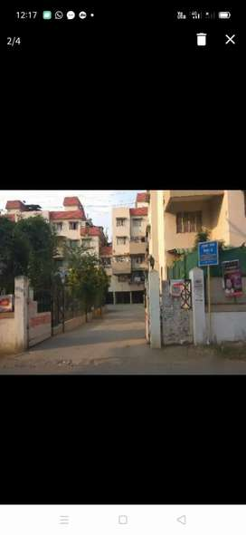 1 Single independent room available for rent in 2 BHK apartment
